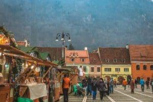 Romania travel tips - visit Brasov Christmas market