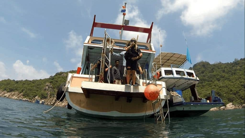 Image of open water PADI scuba diving certificate in Koh Tao, Thailand