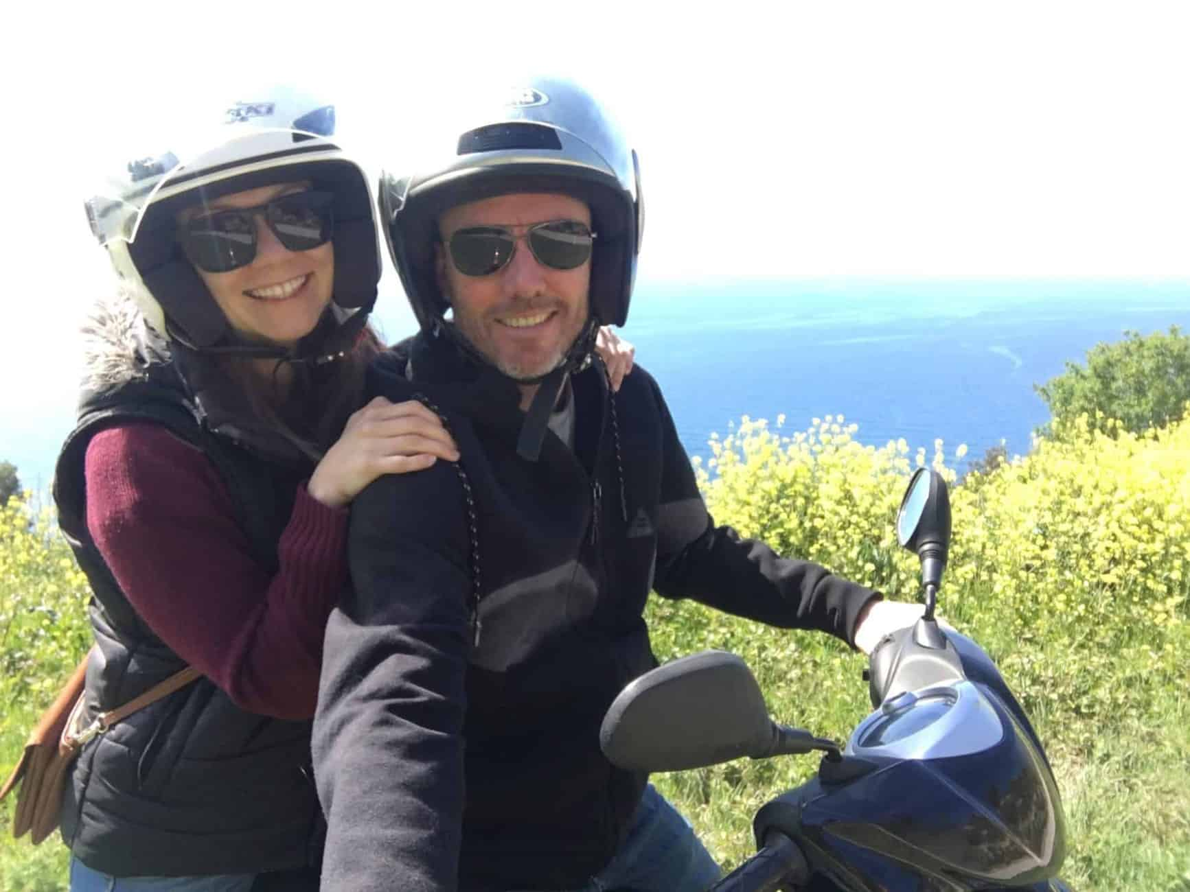 Travel around on Vis island by scooter