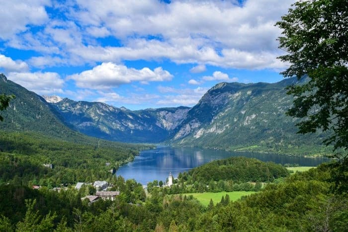 Find out how to reach this viewpoint in Lake Bohinj