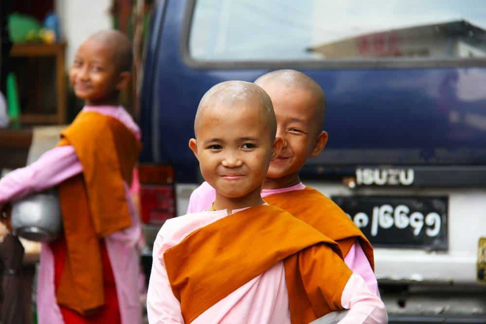 Child monks Mynamar