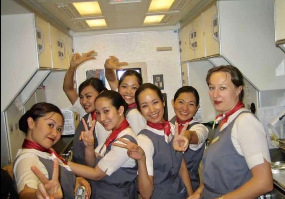 How to become a flight attendant with no experience