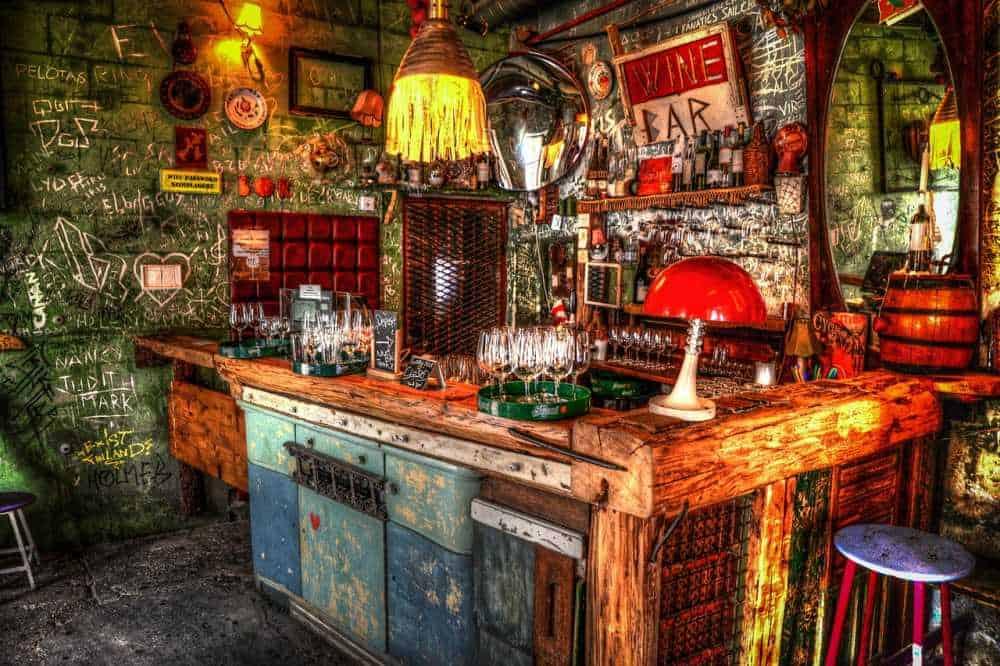 Ruin bars for Budapest in winter