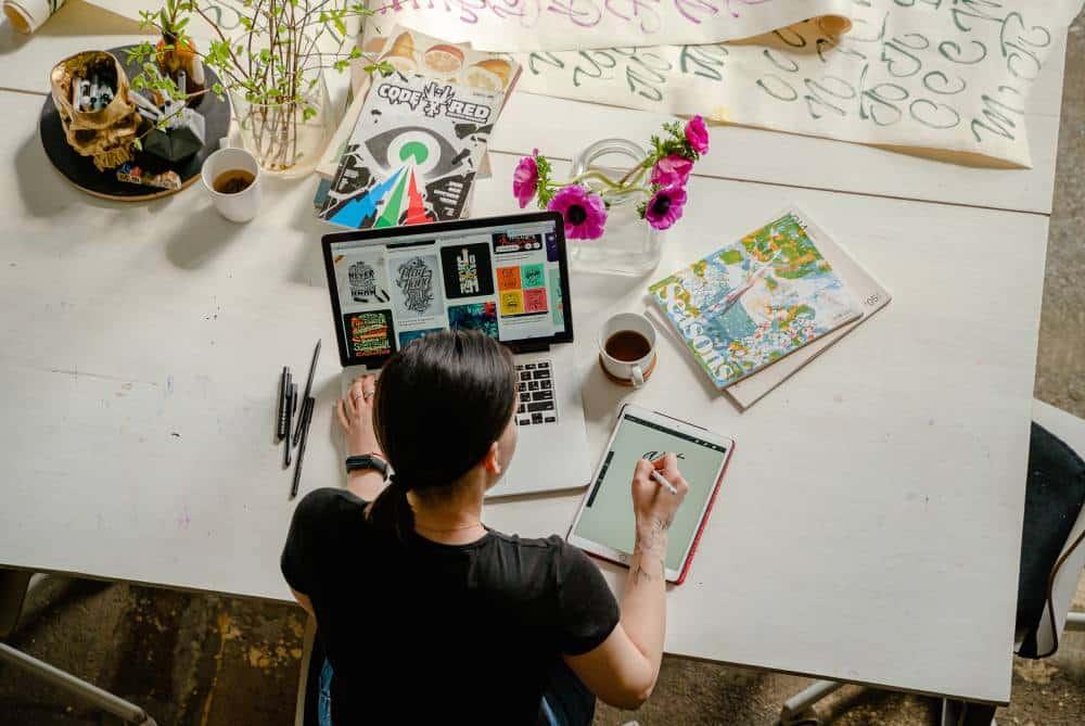 Work online as a remote graphic designer